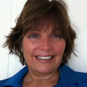 Dr Pamela Costello